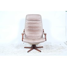 Berg Furniture Mid Century Grey Glove Leather Swivel Chair