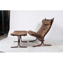 Mid-C. Westnofa Siesta Leather Lounge Chair and Ottoman