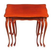 1940s Queen Anne-Style Nesting Tables